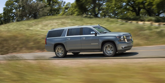 2019 Suburban Large SUV Exterior Photo: side profile