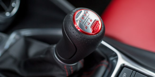 2019 Camaro: gear shift.