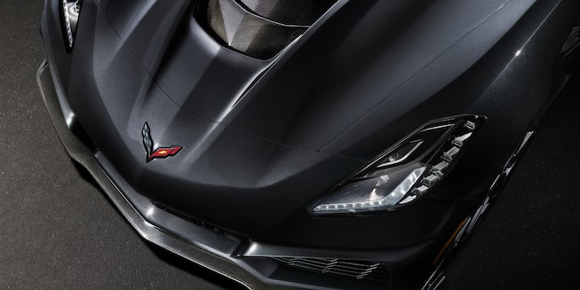 2019 Chevrolet Corvette ZR1 exterior: overhead profile of hood