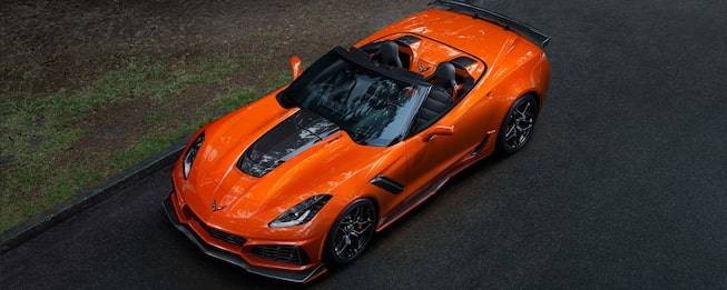 Exterior of the Chevrolet Corvette ZR1: overhead profile.