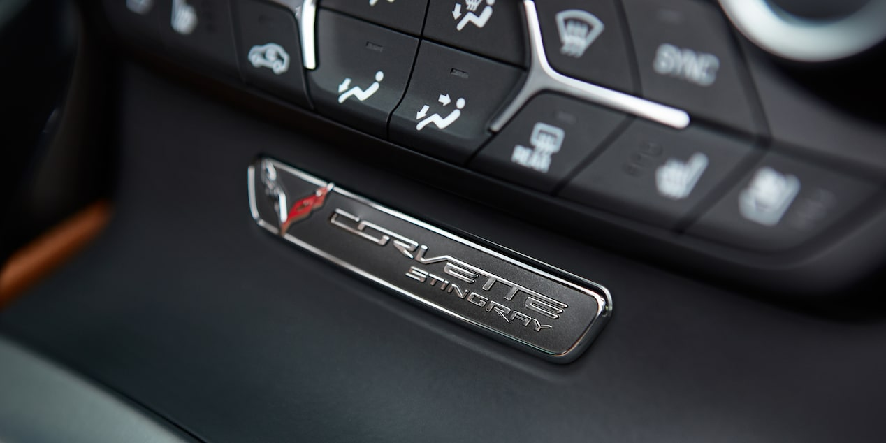 Centre console controls in the 2019 Chevrolet Corvette Stingray.