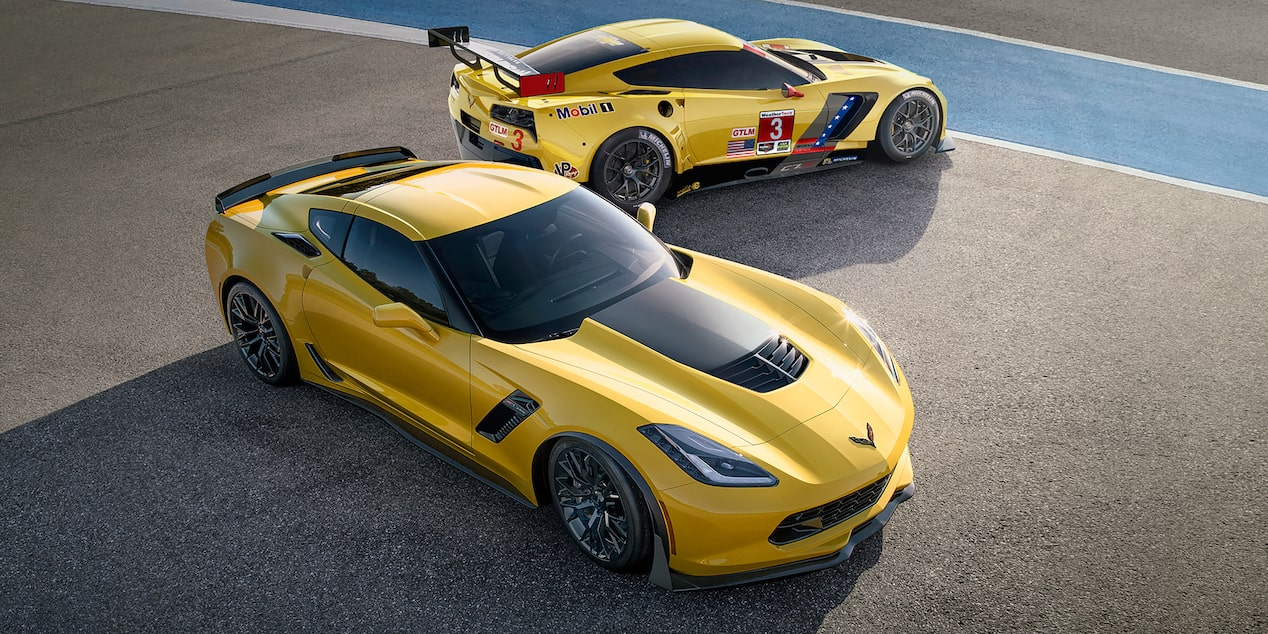 Overhead view of the 2019 Chevrolet Corvette Z06 supercar.