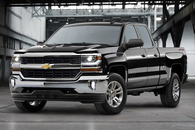 Front view of the Chevrolet Silverado 1500 LD.