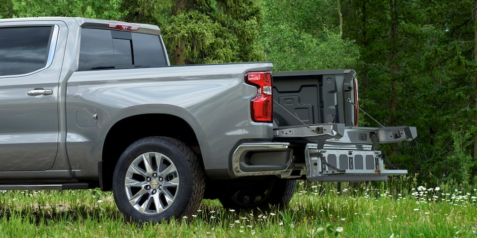 2021 Silverado 1500 Pickup Truck with Multiflex Tailgate: Rear Driver's Side View