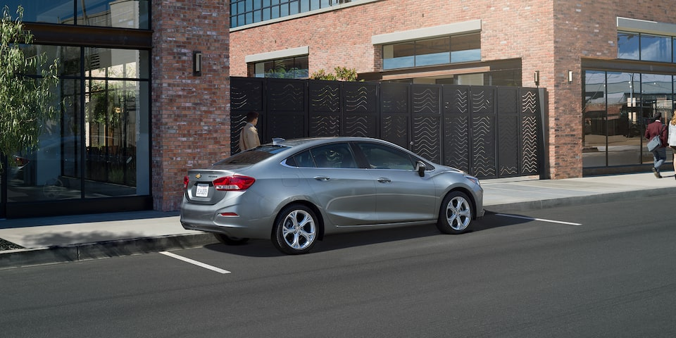 The 2019 Chevrolet Cruze driving along the city streets.