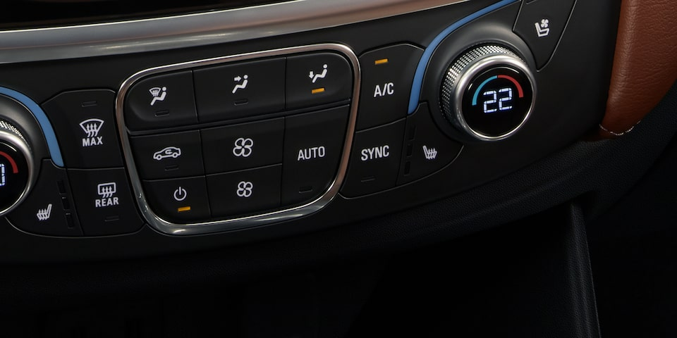 2019 Traverse Mid Size SUV Design: heating/cooling controls
