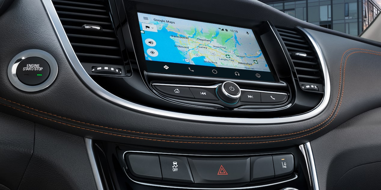 7-inch diagonal colour touch-screen display in the 2019 Trax.