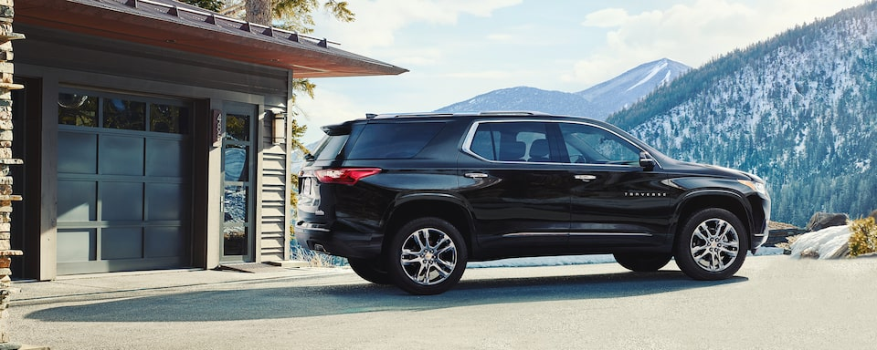 2020 Chevrolet Traverse Mid-Size SUV Side Profile