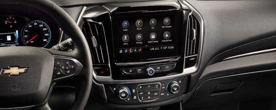 2020 Traverse Midsize SUV Technology: touch screen.