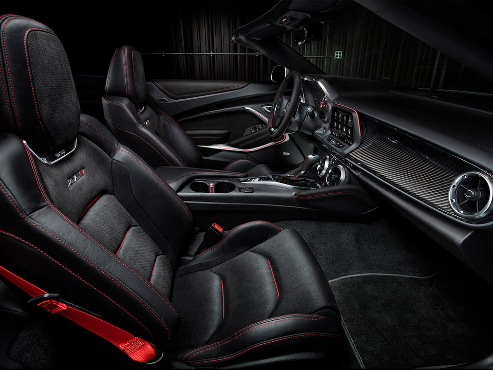 2021 Chevrolet Camaro Design: Interior Front Seats.
