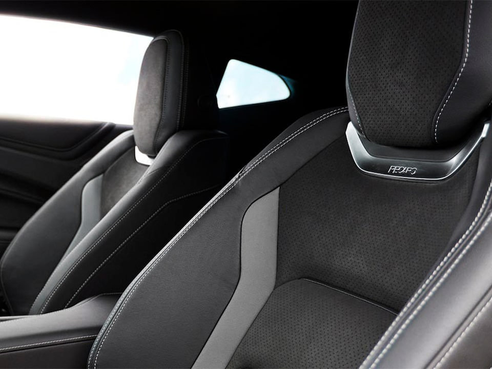 2021 Chevrolet Camaro Design: Interior Seats.