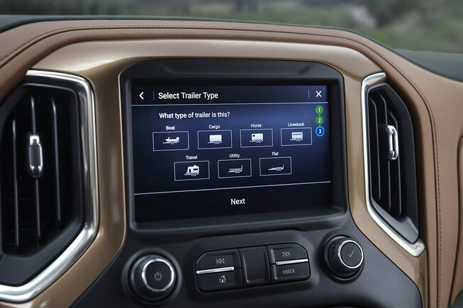 2019 Chevrolet Silverado in-vehicle Trailering System: trailing profiles screen.