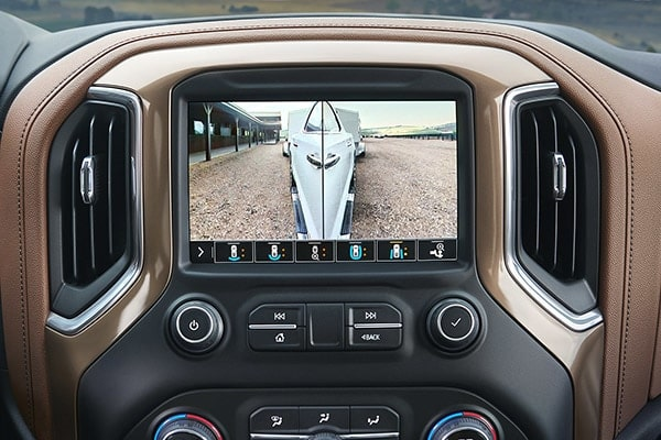 2019 Silverado truck towing visibility: rear trailer camera.