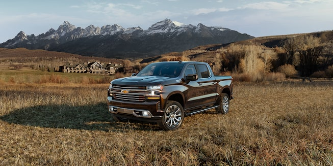 2020 Silverado 1500 Pickup Truck Exterior Front Side View.