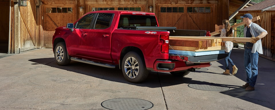 Chevrolet Silverado 1500 Pickup Truck Bed View.