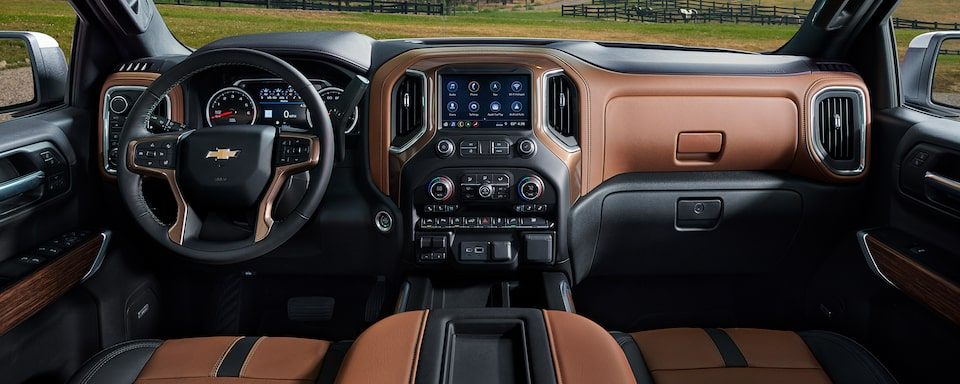 2021 Silverado 1500 Pickup Truck Interior Dashboard View.