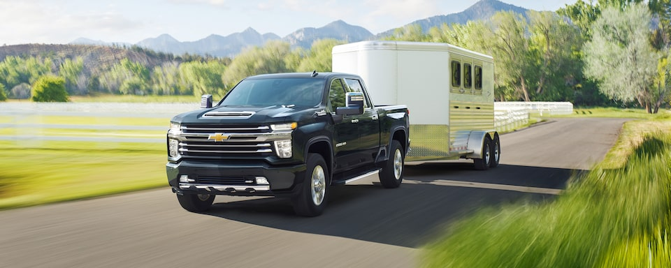 2021 Chevy Silverado HD Truck: trailer being towed.