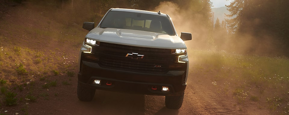 Exterior performance features of the all-new 2019 Silverado Commercial.
