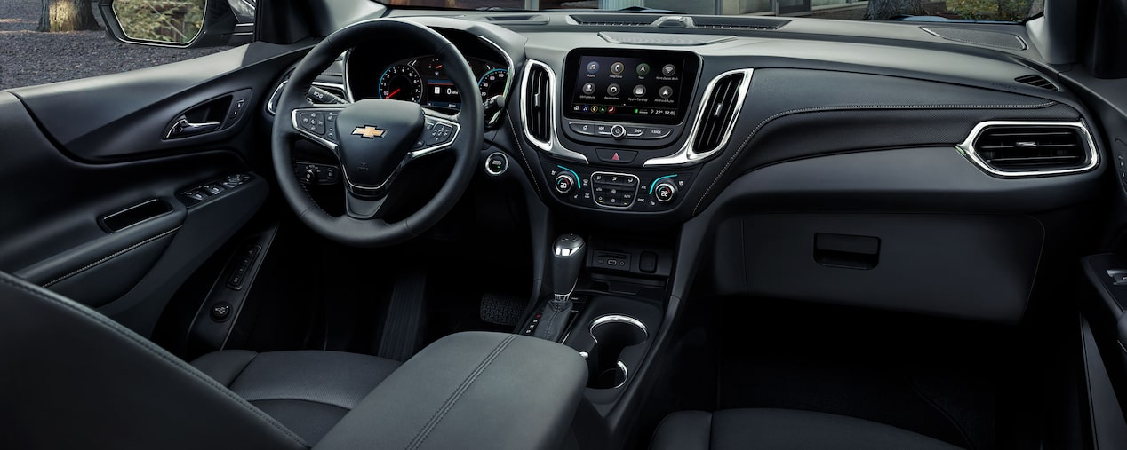 2019 Equinox compact SUV Design: Dashboard
