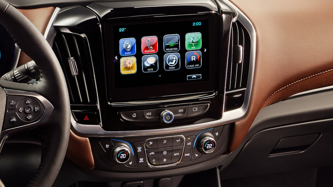 2019 Traverse Midsize SUV Technology: touch screen