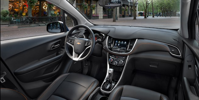 Steering wheel and center console in the 2019 Chevrolet Trax.